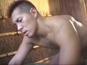 【ゲイ動画ビデオ】野外巨根オナニーに拘束ファック、顔射放尿など好き放題され痙攣が止まらない筋肉イケメン!