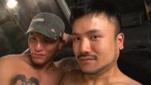【ゲイ動画ビデオ】筋肉マッチョ外国人を交えてタトゥー入れまくりやんちゃイケメン二人が悶え狂う濃厚3P!