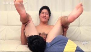 【ゲイ動画ビデオ】彼女もいるノンケ素人な筋肉イケメンくんが、初めてのちんぐり返しアナル舐められバイブ責めでガチ悶絶www
