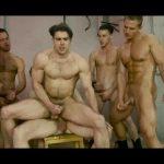 【ゲイ動画】筋肉マッチョイケメンなマー●ルヒーローたちの巨根がビンビン! 互いにケツマンを掘り合うピースフルな世界に!