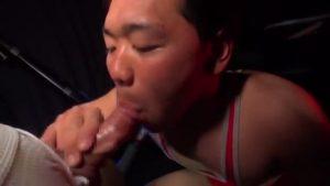 【ゲイ動画ビデオ】レスリングユニフォームを破って、アナルにオチンポ挿入され悶え狂う筋肉マッチョイケメン! これがグレコローマンスタイルか…(違)