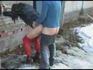 【ゲイ動画ビデオ】道で拾った女装子ニューハーフ二人を車で連れて、青姦立ちバック3Pを愉しむ筋肉イケメン外国人!