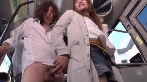【ゲイ動画ビデオ】バスの中でギャル男DKが痴女なニューハーフに痴漢され、立ちバックで童貞卒業♪
