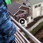 【Vine動画】やんちゃなジャニーズイケメンが巨根剥き出し5階から放尿w