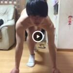 【Vine動画】クラウチングスタートでジャニーズ系スリ筋美少年が裸に見えるというマジックw