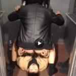 【Vine動画】エレベータでジャニーズ系イケメン達が凄い体位でプレイしてるw