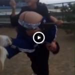 【Vine動画】生尻丸出しで鉄棒に吊るされちゃったジャージのジャニーズ系童顔DKくんw