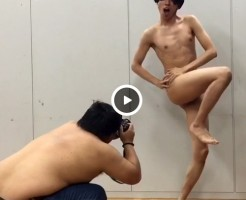 【Vine動画】褒められ調子に乗っちゃったジャニーズ系スリムイケメンの裸が無駄に素晴らしいんだけどw